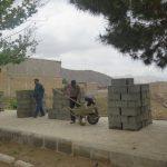 آغاز عملیات دیوارکشی زمین های بایر خیابان شریعتی (طرح زیباسازی شهر)
